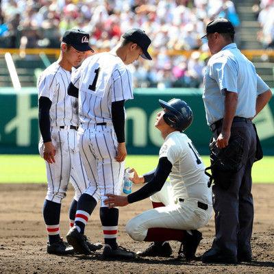 大阪桐蔭、今度は浦学投手の足冷やす打球直撃した直後