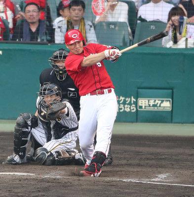 誠也9回に満塁弾!広島5点差追いつかれるも3連勝阪神は5連敗で単独最下位