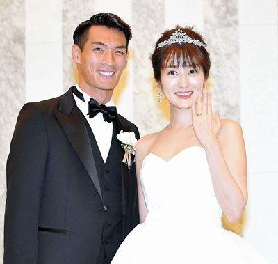 J1浦和の槙野智章&高梨臨夫妻が挙式披露宴「子供は11人」
