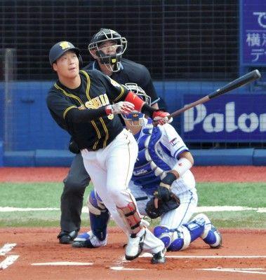 阪神・大山が先制10号ソロ前日から7打席連続安打キャリア初の2桁本塁打