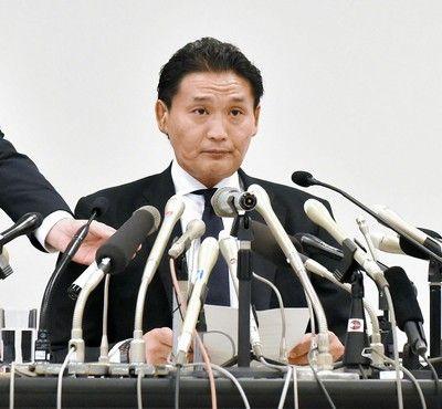 貴乃花親方相撲協会に引退届を提出
