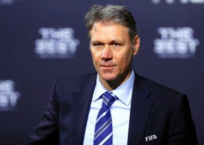 オフサイド廃止を提案FIFAの奇抜な技術責任者退任