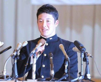 【ドラフト】金足農・吉田輝星は日本ハムが交渉権獲得…外れ1位で単独指名