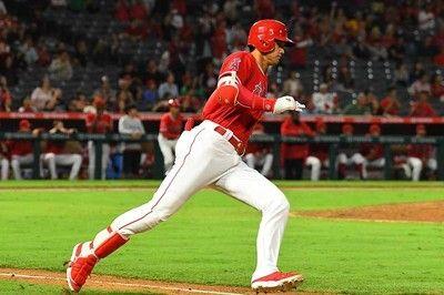 大谷、快足で驚愕の中前二塁打MLB平均を大幅に上回る秒速8.8Mで二塁陥落