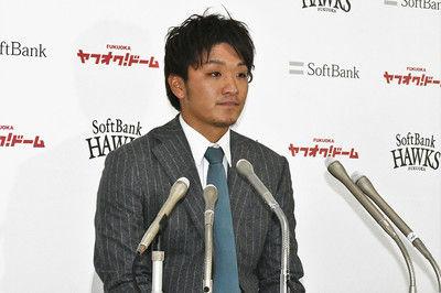 虎から移籍の鷹・松田遼は100万減古巣との違いは「練習量」「選手の意識高い」