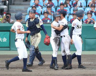 済美・矢野184球力投エースに応える史上初の逆転サヨナラ満弾「頭の中が真っ白」