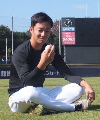 日本ハム・斎藤佑プロ9年目へ「大きなフォームで」復活必ず