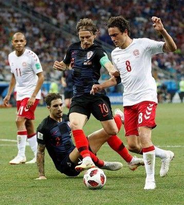 クロアチア、PK戦でデンマーク破り20年ぶり8強