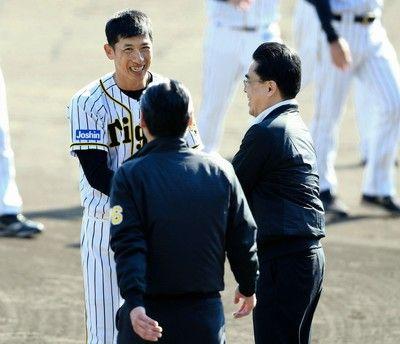阪神・谷本本部長「また改めて」FA西に関して進展なし