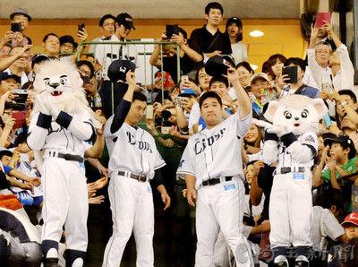 埼玉西武、10年ぶりのリーグ優勝へマジック11点灯ソフトバンクに8―1、首位攻防戦で3連勝