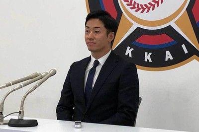 ハム斎藤佑「下がりました」6年連続ダウン更改「納得いくシーズンじゃない」