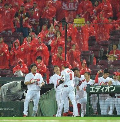 広島、連敗もマジック11岡田炎上…観客も怒り丸連発で本塁打王単独トップも空砲に