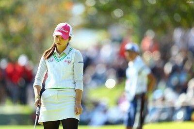 「しばらくゴルフはやりたくない」 菊地絵理香はグリーンで苦しみ失速
