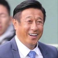 宮本和知氏、巨人の投手総合コーチ就任を報告「頂点を掴み取りたい」