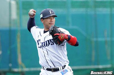 西武・炭谷銀仁朗も移籍決断…23日「ファン感」終了直後に渡辺SDが明かす