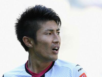 GK一歩も動けず…豊川が圧巻FKで直近6戦4発目! 今季通算7ゴールでシーズン終える