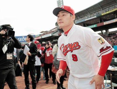 広島・丸がファン感参加「しっかりとした決断を」ファンは「丸ちゃん行かないで」