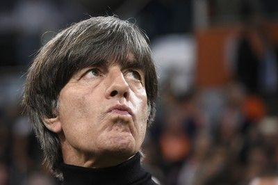 オランダがドイツを3-0で撃破、レーブ監督の進退問題は必至に