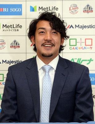西武・小川「獅子也」で自己最高年俸7月に中日から移籍、10戦無失点