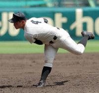 珍しい「背番号4の左腕」が登板…左投げ内野手は不利だが二塁手ではなくもともと投手だった