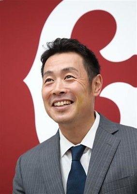 巨人・亀井が年俸7000万円でサイン、自身最高年俸に「貢献は出来た」