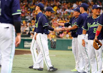 ヤクルト5連勝!山中が今季初勝利、阪神才木7敗目