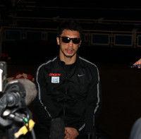 村田諒太、一夜明けて会見「ボクシングをやってきてよかった。後悔することはない」