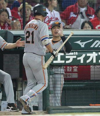 代打に投手・吉川光巨人総力戦ドロー9回2死から追いつく