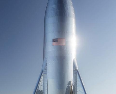 イーロンマスクの大型ロケット「Starship」がガチでカッコいいと話題に