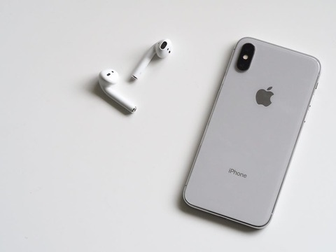 iPhoneの値下げ減産でAppleのブランド力は崩壊か。懸念の声相次ぐ