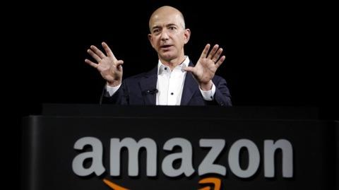 アマゾン、赤字10倍