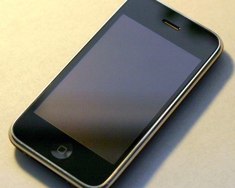 10年前のお前ら「iPhone?画面指紋でベタベタになるやろ流行るわけないwwwww」