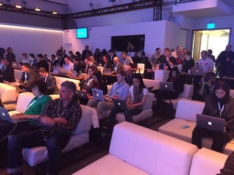 Windows発表会に参加した記者たちが使用するPC