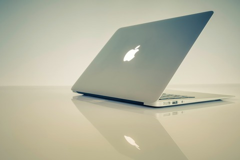 MacBook Air買おうとしてるんやが旧型でもええよな?