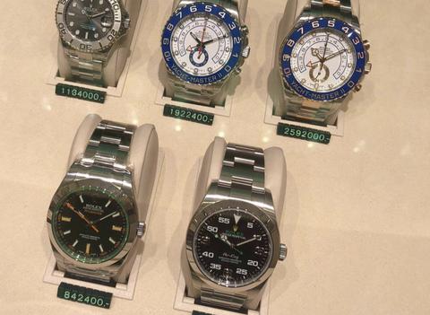30代に一番合う腕時計のブランドって何だと思う?