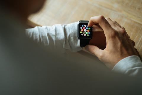 新型Apple Watchは「物理ボタン廃止」で防水性も向上か