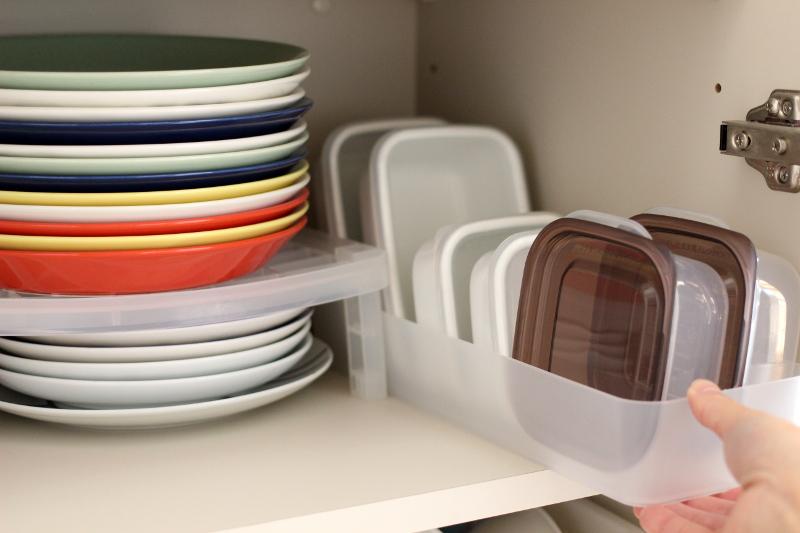 ブロガーさん宅の食器棚が公開されてます。 無印だらけの食器棚、ビフォーアフターがすばらしすぎる♡