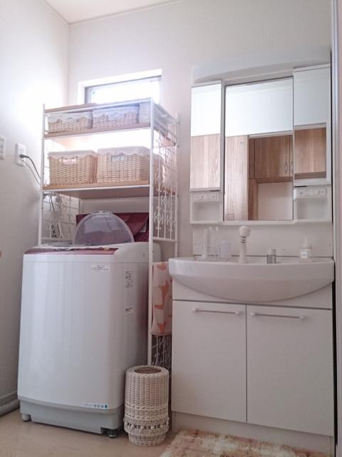 ... 洗濯機ラックだけです。 1062