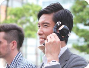 ロボホン電話使用イメージ