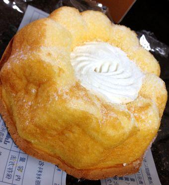 ふんわりもっちりクリームケーキ