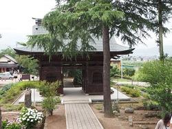 岩松寺の山門