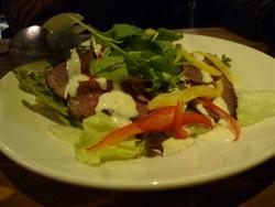 短角牛サラダ
