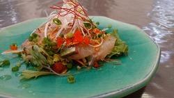 シマアジの中華風サラダ