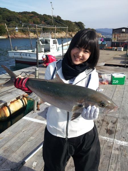 門脇佳奈子、釣り、カンパチ?