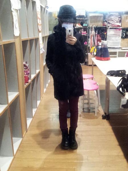 山本彩、コート、マスク、帽子