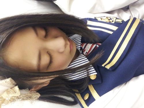 古畑奈和、寝顔2