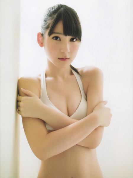 松岡菜摘グラビア雑誌4