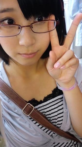 仲谷明香アップ眼鏡