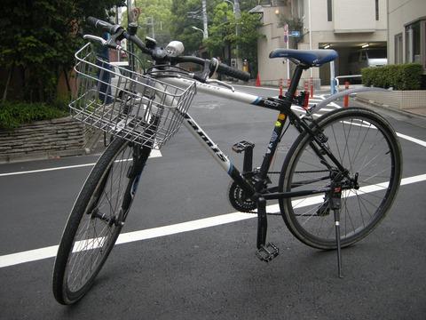 自転車と男子高校生