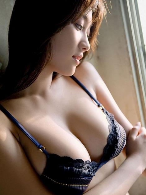 巨乳 (3)